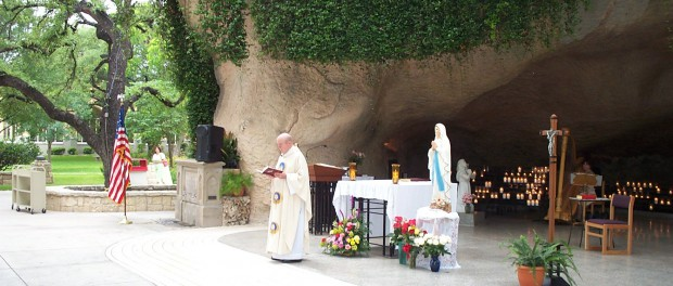 Copy_2_of_grotto